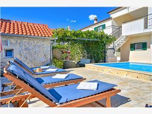 Avlägsen stuga Zadars Riviera,Boka Asteralis Från 4833 SEK