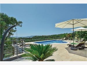 Huis Nela Okrug Donji (Ciovo), Kwadratuur 135,00 m2, Accommodatie met zwembad, Lucht afstand naar het centrum 600 m