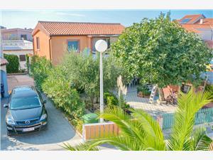 Apartmány Velimir Vir - ostrov Vir,Rezervuj Apartmány Velimir Od 2677 kč