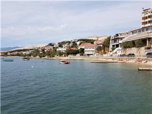 Apartament Kalinić Pag - wyspa Pag, Powierzchnia 80,00 m2, Odległość do morze mierzona drogą powietrzną wynosi 3 m, Odległość od centrum miasta, przez powietrze jest mierzona 299 m