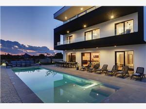 Villa Aquarius Pula, Rozloha 470,00 m2, Ubytovanie sbazénom