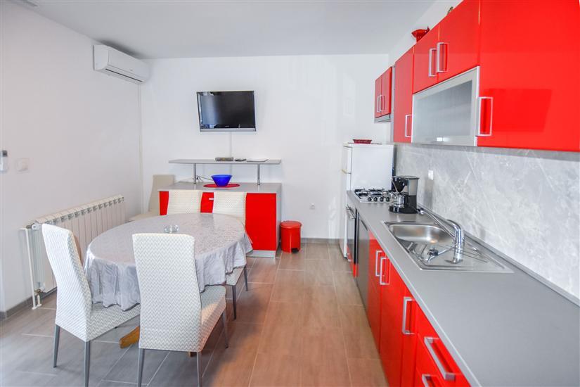 Apartman A4, na 5 osebe