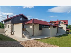 Kuća za odmor Villa Niko Plitvice, Kvadratura 99,00 m2, Smještaj s bazenom