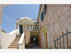 Appartements Branimir Sutomiscica - île de Ugljan, Maison de pierres, Superficie 50,00 m2, Hébergement avec piscine