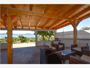 Ház Romano Nevidane - Pasman sziget, Robinson házak, Méret 50,00 m2, Légvonalbeli távolság 100 m