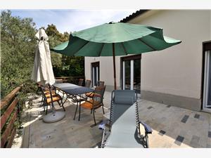 Апартамент Anica Stivan, квадратура 108,00 m2, Воздуха удалённость от моря 20 m