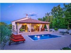 Villa LeDa Belavici, Prostor 120,00 m2, Soukromé ubytování s bazénem
