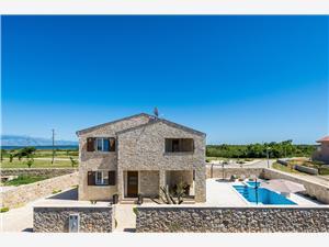 Villa St Vid 5 Riviera de Zadar, Maison de pierres, Superficie 150,00 m2, Hébergement avec piscine