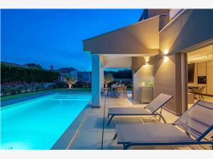 Namestitev z bazenom Alina Porec,Rezerviraj Namestitev z bazenom Alina Od 280 €