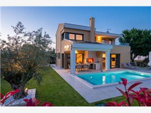 Alloggi con piscina Porec Parenzo (Porec),Prenoti Alloggi con piscina Porec Da 385 €