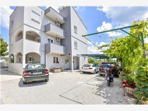 Apartamenty Juro Rogoznica,Rezerwuj Apartamenty Juro Od 384 zl
