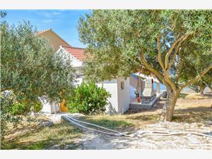 Hiša na samem Ahaz Nevidane - otok Pasman,Rezerviraj Hiša na samem Ahaz Od 109 €