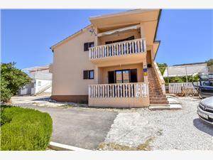 Appartements Senchi Sevid,Réservez Appartements Senchi De 64 €