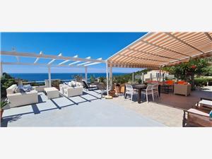 Apartments Dobrila Ivan Dolac - island Hvar, Size 45.00 m2, Airline distance to town centre 120 m