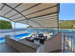 вилла Antonija Razanj, квадратура 180,00 m2, размещение с бассейном, Воздуха удалённость от моря 10 m