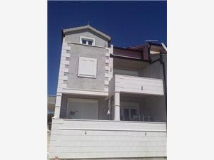 Апартаменты Janja Rogoznica, квадратура 15,00 m2, Воздуха удалённость от моря 250 m