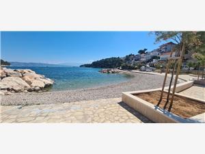 Namestitev ob morju view Zavala - otok Hvar,Rezerviraj Namestitev ob morju view Od 100 €