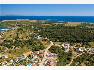 Villa Residence Oli B Liznjan, Powierzchnia 100,00 m2, Kwatery z basenem, Odległość od centrum miasta, przez powietrze jest mierzona 400 m
