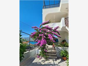 Appartementen Ivica Arbanija (Ciovo),Reserveren Appartementen Ivica Vanaf 101 €