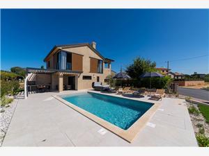 Hébergement avec piscine L'Istrie bleue,Réservez Vallis De 228 €