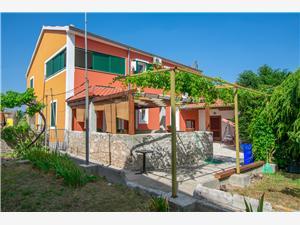 Apartamenty Santolina Biograd, Powierzchnia 35,00 m2, Odległość od centrum miasta, przez powietrze jest mierzona 50 m