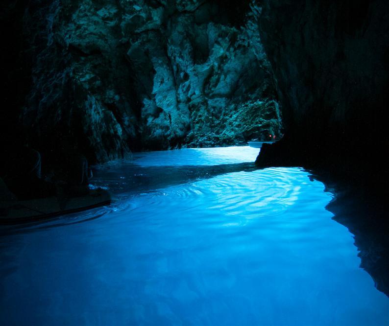 Blue-Cave-Bisevo-island