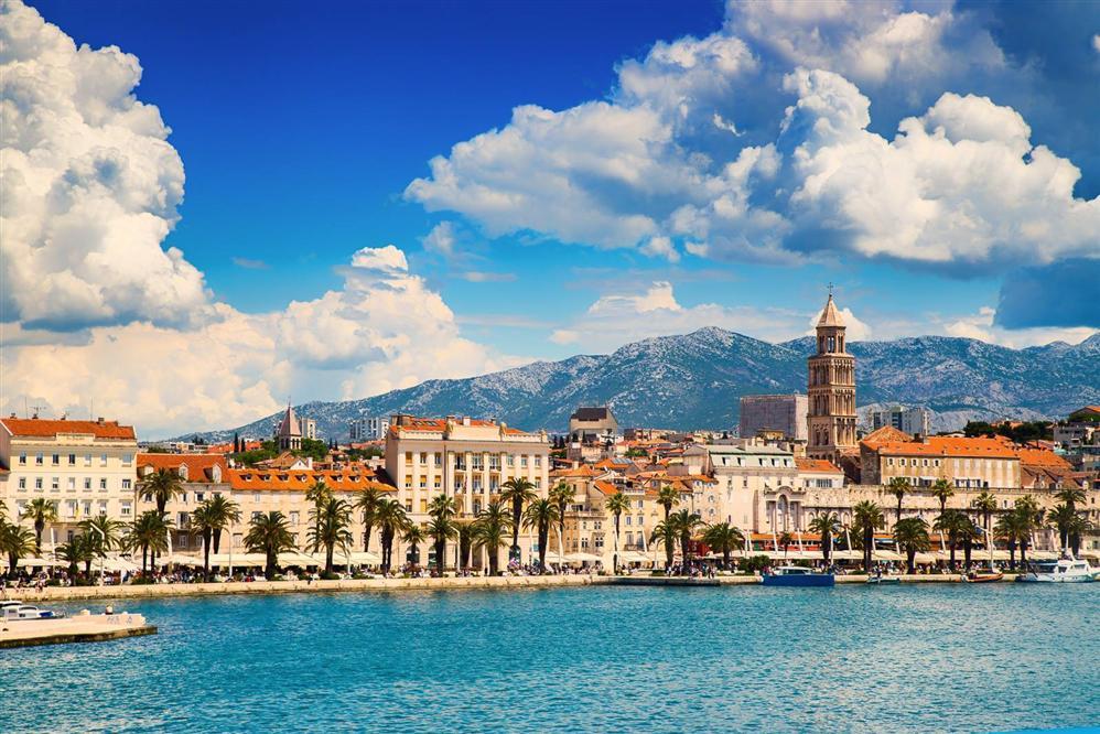 Split-departure-port