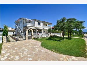 Apartmanok Rote Rosen Sabunike (Privlaka), Méret 35,00 m2, Légvonalbeli távolság 250 m, Központtól való távolság 150 m