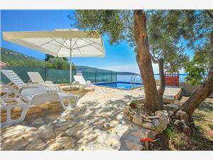 Dům Quercus Dobropoljana, Dům na samotě, Prostor 80,00 m2, Soukromé ubytování s bazénem