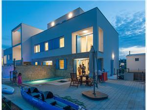 Willa Olive Privlaka (Zadar), Powierzchnia 142,13 m2, Kwatery z basenem, Odległość do morze mierzona drogą powietrzną wynosi 5 m